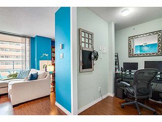 """Photo 7: 1603 1189 HOWE Street in Vancouver: Downtown VW Condo for sale in """"GENESIS"""" (Vancouver West)  : MLS®# V1065396"""