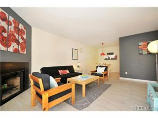 Photo 2: 205 3255 Glasgow Avenue in VICTORIA: SE Quadra Condo Apartment for sale (Saanich East)  : MLS®# 338156