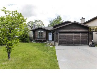 Photo 1: 16 SHAWCLIFFE Circle SW in CALGARY: Shawnessy Residential Detached Single Family for sale (Calgary)  : MLS®# C3620117