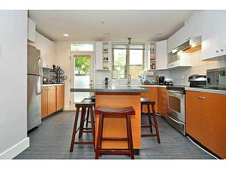 "Photo 6: 33 728 W 14TH Street in North Vancouver: Hamilton Townhouse for sale in ""NOMA"" : MLS®# V1085631"