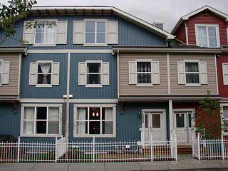 Photo 1: 1206 10 AUBURN BAY Avenue SE in Calgary: Auburn Bay Townhouse for sale : MLS®# C3580088