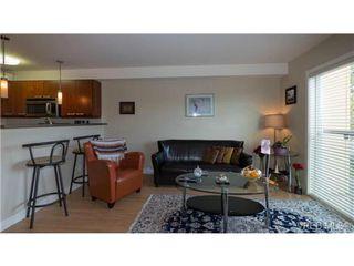 Photo 3: 306 356 E Gorge Rd in VICTORIA: Vi Burnside Condo Apartment for sale (Victoria)  : MLS®# 693005
