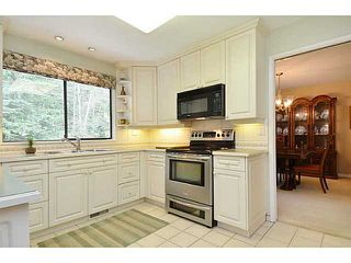 Photo 4: 3338 TENNYSON Crescent in North Vancouver: Lynn Valley House for sale : MLS®# V1114852