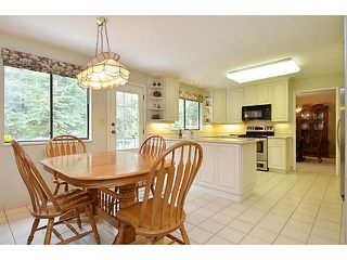 Photo 5: 3338 TENNYSON Crescent in North Vancouver: Lynn Valley House for sale : MLS®# V1114852