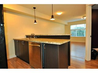 "Photo 6: 109 2515 PARK Drive in Abbotsford: Abbotsford East Condo for sale in ""Viva On Park"" : MLS®# F1437218"