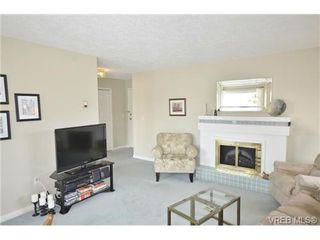 Photo 3: 305 1220 Fort Street in VICTORIA: Vi Downtown Condo Apartment for sale (Victoria)  : MLS®# 349890