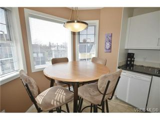 Photo 8: 305 1220 Fort Street in VICTORIA: Vi Downtown Condo Apartment for sale (Victoria)  : MLS®# 349890