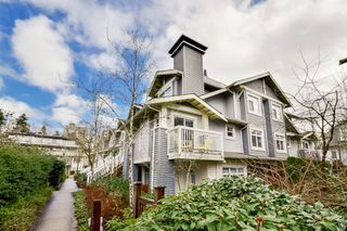 Photo 2: 45 7428 SOUTHWYNDE Avenue in Burnaby: South Slope Townhouse for sale (Burnaby South)  : MLS®# R2035221