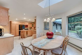 """Photo 10: 3060 NORTHCREST Drive in Surrey: Elgin Chantrell House for sale in """"Elgin Park"""" (South Surrey White Rock)  : MLS®# R2035886"""