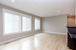 "Photo 3: 6 22206 124 Avenue in Maple Ridge: West Central Townhouse for sale in ""COPPERSTONE RIDGE"" : MLS®# R2064079"