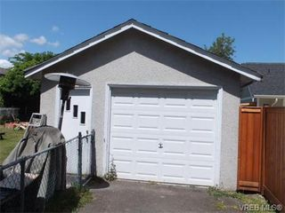 Photo 18: 1002 Lyall Street in VICTORIA: Es Old Esquimalt Single Family Detached for sale (Esquimalt)  : MLS®# 365352