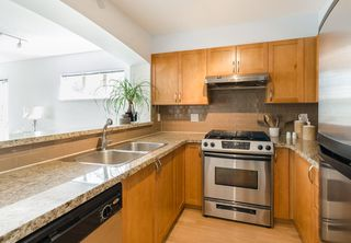 Photo 8: 311 2388 WESTERN Parkway in Vancouver: University VW Condo for sale (Vancouver West)  : MLS®# R2103370