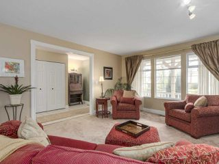 "Photo 3: 8684 146A Street in Surrey: Bear Creek Green Timbers House for sale in ""Guildford Green Timbers"" : MLS®# R2117925"