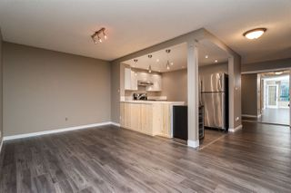 "Photo 3: 403 121 TENTH Street in New Westminster: Uptown NW Condo for sale in ""VISTA ROYALE"" : MLS®# R2128368"