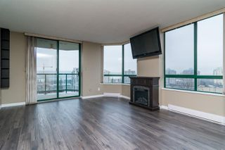"Photo 7: 403 121 TENTH Street in New Westminster: Uptown NW Condo for sale in ""VISTA ROYALE"" : MLS®# R2128368"