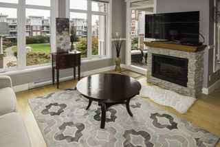 """Photo 2: 304 4280 MONCTON Street in Richmond: Steveston South Condo for sale in """"THE VILLAGE"""" : MLS®# R2128674"""