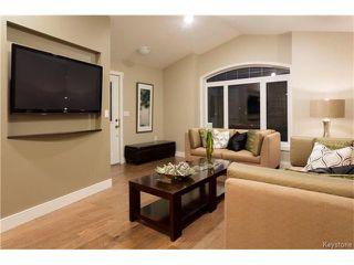 Photo 3: 500 Ferry Road in Winnipeg: St James Residential for sale (5E)  : MLS®# 1700389