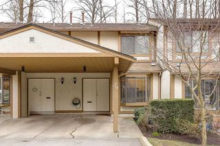 "Photo 1: 29 1141 EAGLERIDGE Drive in Coquitlam: Eagle Ridge CQ Townhouse for sale in ""EAGLERIDGE VILLAS"" : MLS®# R2148692"