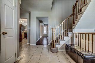 Photo 2: 650 Blythwood Square in Oshawa: Samac House (2-Storey) for sale : MLS®# E3804376
