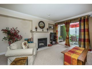 Photo 4: 33 8890 WALNUT GROVE DRIVE in Langley: Walnut Grove Townhouse for sale : MLS®# R2150854