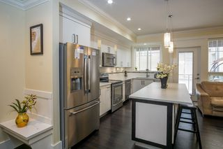 "Photo 6: 4 14877 60 Avenue in Surrey: Sullivan Station Townhouse for sale in ""LUMINA"" : MLS®# R2195431"