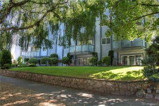 Photo 3: 404 305 Michigan Street in VICTORIA: Vi James Bay Condo Apartment for sale (Victoria)  : MLS®# 382565