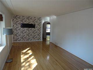 Photo 8: 5300 3rd Avenue in Regina: Rosemont Residential for sale : MLS®# SK706040