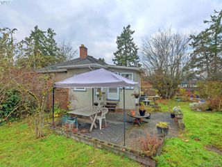Photo 19: 2873 Glenwood Avenue in VICTORIA: SW Portage Inlet Single Family Detached for sale (Saanich West)  : MLS®# 385389