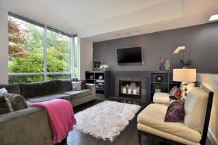Photo 3: 3328 West 30th Ave in Vancouver: Home for sale : MLS®# V852496