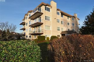 Photo 19: 304 2354 Brethour Avenue in SIDNEY: Si Sidney North-East Condo Apartment for sale (Sidney)  : MLS®# 386172