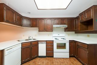 """Photo 8: 25 6600 LUCAS Road in Richmond: Woodwards Townhouse for sale in """"HUNTLY WYND"""" : MLS®# R2230201"""