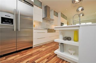 Photo 7: 1611 17 Avenue NW in Calgary: Capitol Hill House for sale : MLS®# C4161009