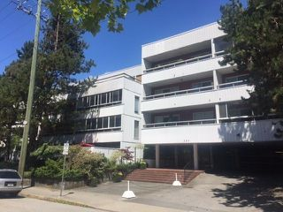 "Photo 1: 312 250 W 1ST Street in North Vancouver: Lower Lonsdale Condo for sale in ""Chinook House"" : MLS®# R2241657"