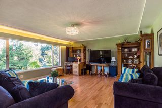 Photo 2: 56 WagonWheel Cres in Langley: Home for sale : MLS®# R2212194