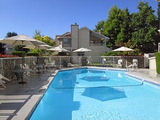 """Photo 19: 207 9295 122 Street in Surrey: Queen Mary Park Surrey Condo for sale in """"Kensington Gate"""" : MLS®# R2248101"""