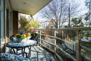 """Photo 17: 202 1586 W 11TH Avenue in Vancouver: Fairview VW Condo for sale in """"Torrey Pines"""" (Vancouver West)  : MLS®# R2252699"""