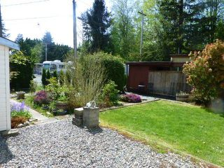 "Photo 17: 26 24330 FRASER Highway in Langley: Otter District Manufactured Home for sale in ""LANGLEY GROVE ESTATES"" : MLS®# R2264005"