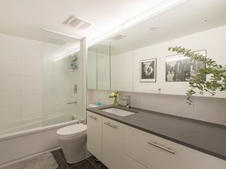 "Photo 14: 809 150 E CORDOVA Street in Vancouver: Downtown VE Condo for sale in ""INGASTOWN"" (Vancouver East)  : MLS®# R2276186"