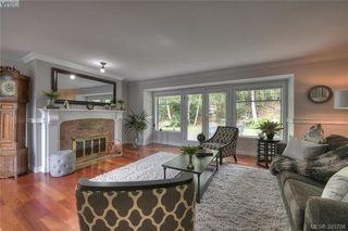 Photo 10: 3343 University Woods in VICTORIA: OB Henderson Single Family Detached for sale (Oak Bay)  : MLS®# 395708