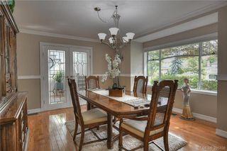 Photo 13: 3343 University Woods in VICTORIA: OB Henderson Single Family Detached for sale (Oak Bay)  : MLS®# 395708
