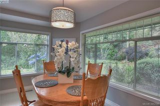 Photo 19: 3343 University Woods in VICTORIA: OB Henderson Single Family Detached for sale (Oak Bay)  : MLS®# 395708