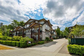 "Photo 2: 16 14462 61A Avenue in Surrey: Sullivan Station Townhouse for sale in ""RAVINA"" : MLS®# R2291990"