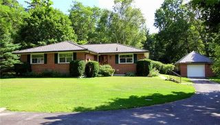 Photo 1: 1048 Portage Road in Kawartha Lakes: Kirkfield House (Bungalow) for sale : MLS®# X4209953