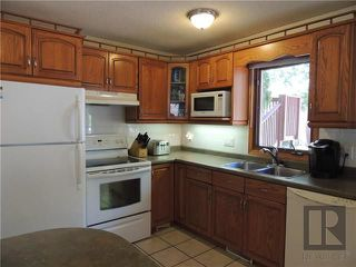 Photo 5: 900 Isbister Street in Winnipeg: Crestview Residential for sale (5H)  : MLS®# 1824712