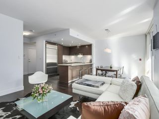 """Photo 9: 105 5958 IONA Drive in Vancouver: University VW Townhouse for sale in """"Argyll House East"""" (Vancouver West)  : MLS®# R2308126"""