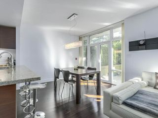 """Photo 6: 105 5958 IONA Drive in Vancouver: University VW Townhouse for sale in """"Argyll House East"""" (Vancouver West)  : MLS®# R2308126"""
