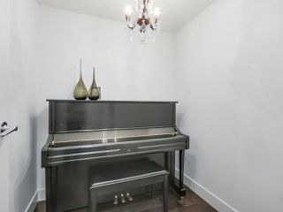 """Photo 10: 105 5958 IONA Drive in Vancouver: University VW Townhouse for sale in """"Argyll House East"""" (Vancouver West)  : MLS®# R2308126"""