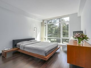 """Photo 11: 105 5958 IONA Drive in Vancouver: University VW Townhouse for sale in """"Argyll House East"""" (Vancouver West)  : MLS®# R2308126"""