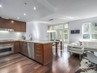 """Photo 2: 105 5958 IONA Drive in Vancouver: University VW Townhouse for sale in """"Argyll House East"""" (Vancouver West)  : MLS®# R2308126"""