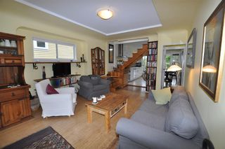 "Photo 3: 1607 E 14TH Avenue in Vancouver: Grandview VE House for sale in ""GRANDVIEW WOODLAND"" (Vancouver East)  : MLS®# R2311671"